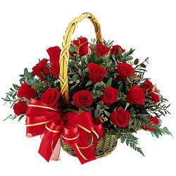 karışık buket Корзина большая 21шт Роза красная